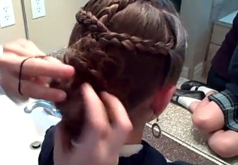 Hairstyles Video: Braid Combo into Messy Bun
