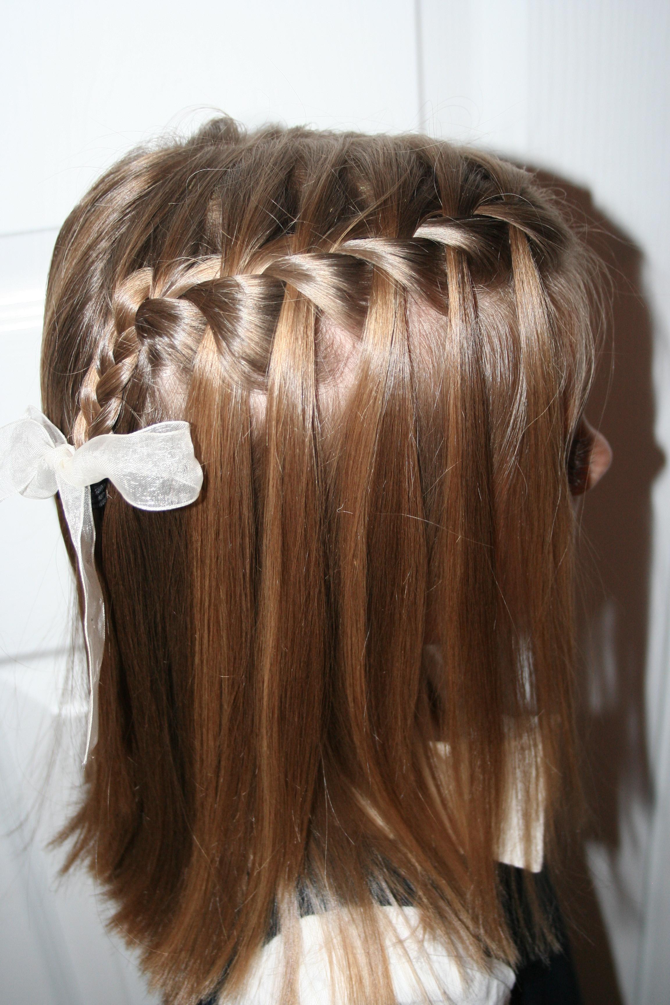 Flower Half Up | Cute Girls Hairstyles