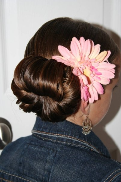 this bun is very elegant, and is perfect for Homecoming hairstyles, Prom