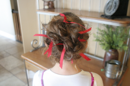 Ribboned Bobby Pins | Tips and Tricks