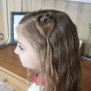 Side view of the Hanging Heart | Valentine's Day Hairstyles