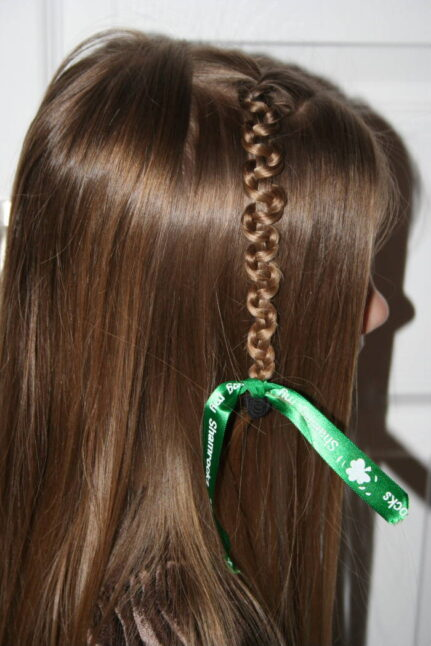 Tween Slide-Up | St. Patrick's Day Hairstyles