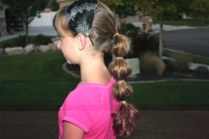 Side view of the Bubble Ponytail
