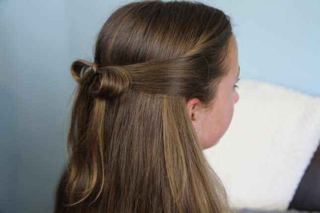 Side view of The Subtle Bow | Easy Hairstyles