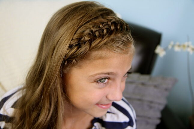 Top side view of The Knotted Braid Headband   Cute Hairstyles