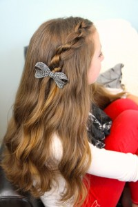 Side view of Knotted Pullback | Easy Hairstyles