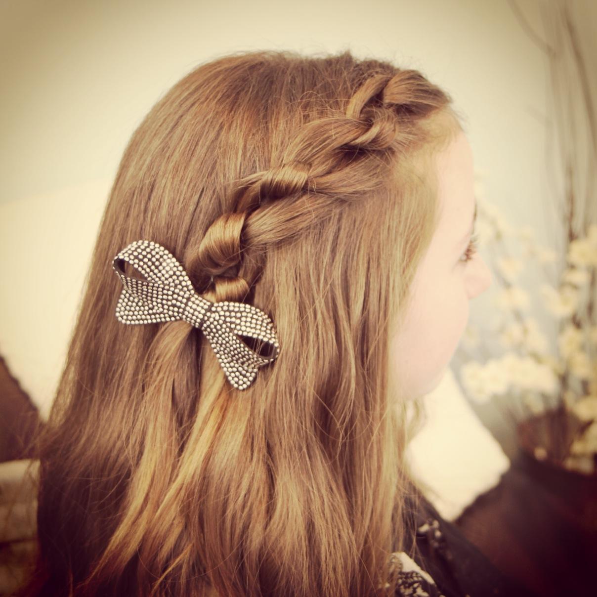 Cool Hairstyles 4 School : Photo cute girls hairstyles