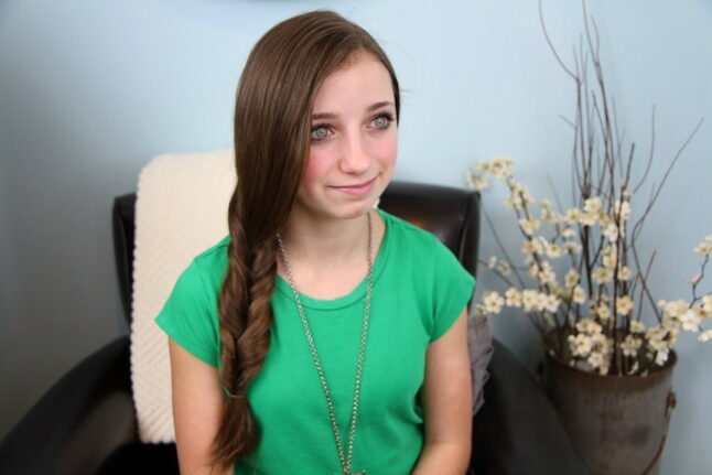 Portrait of young girl modeling Faux Fishtail Braid | Easy Braid Hairstyles