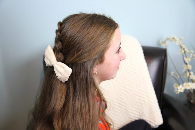 Side view of Pancake Lace Braid | Easy Hairstyles