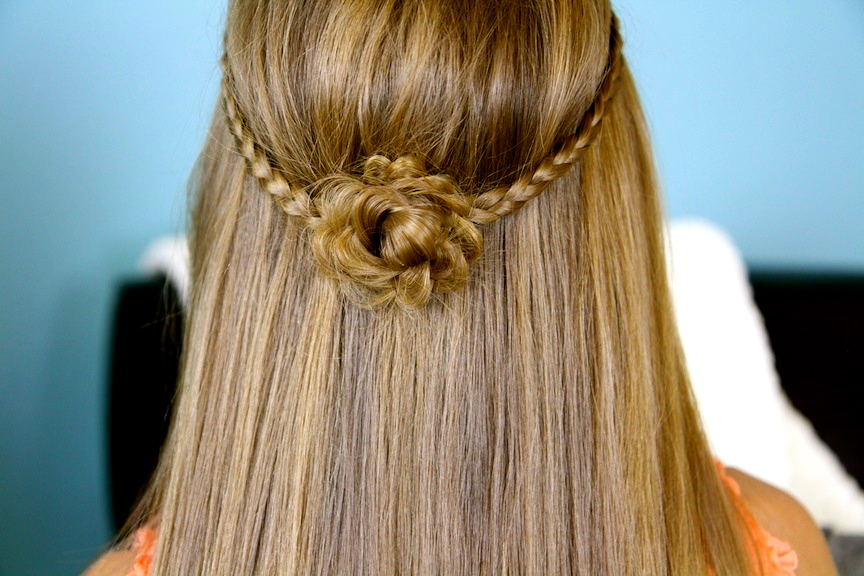 Close-up of Cute Braided Flower Tieback | Hairstyles for Long Hair