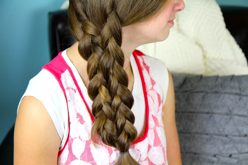 Young girl modeling Lace-Up Braid | Cute Braids