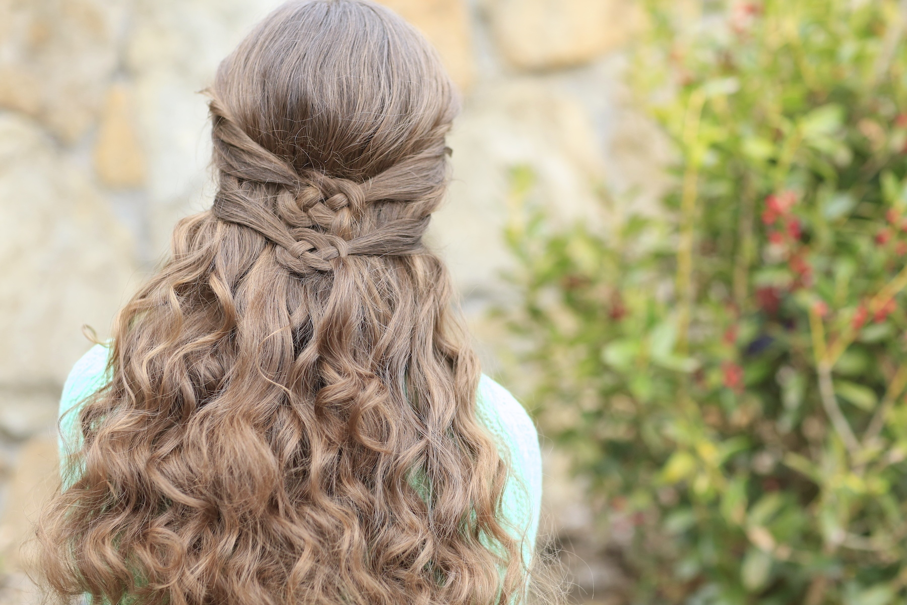 Hairstyles For Long Hair Knots : Ways to Wear a Celtic Knot St Patrick?s Day Hairstyles