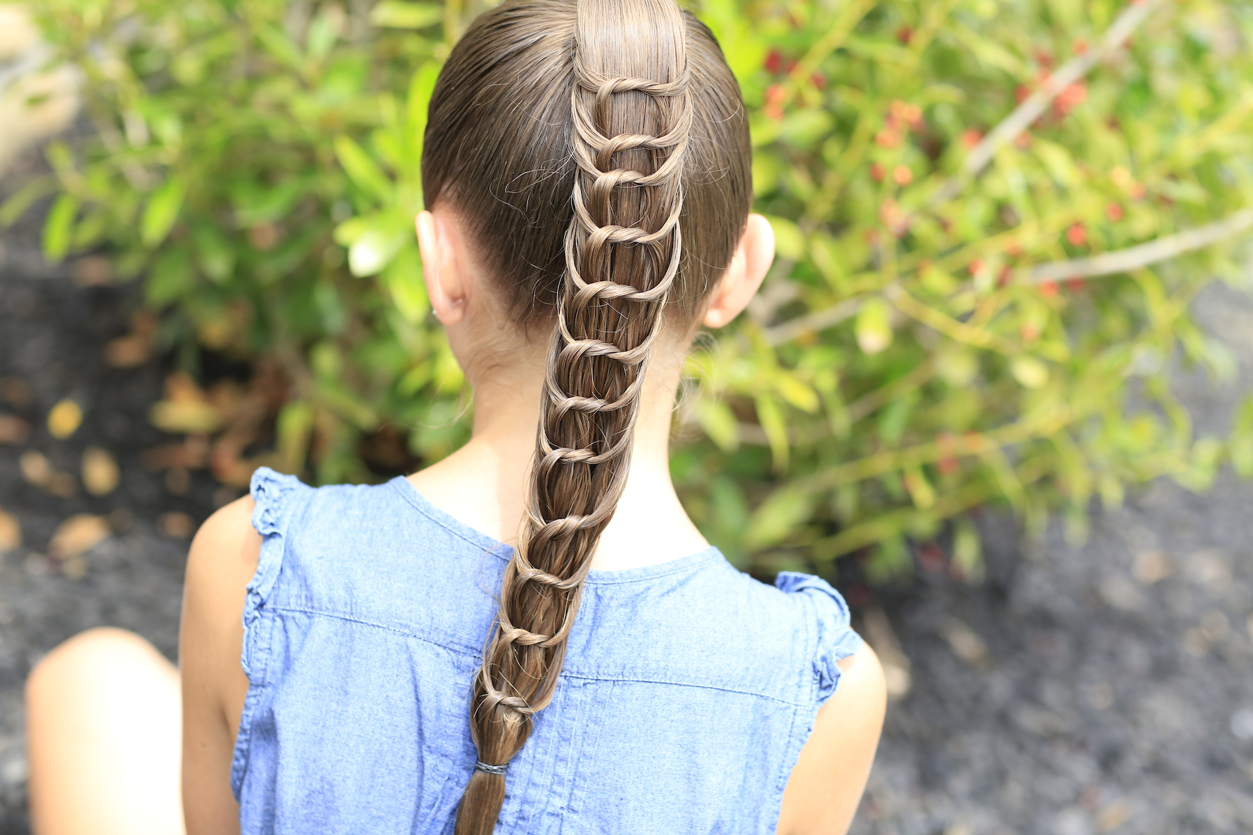 how to create a knotted ponytail