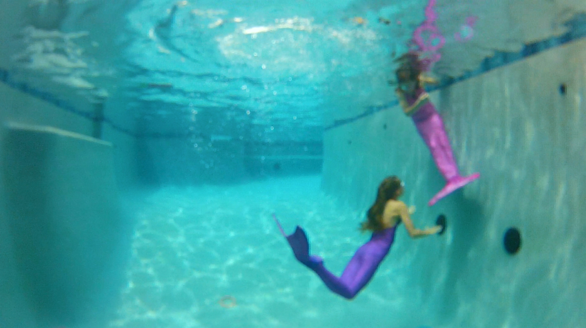 Live Mermaids In Our Pool And Giveaway Cute Girls Hairstyles