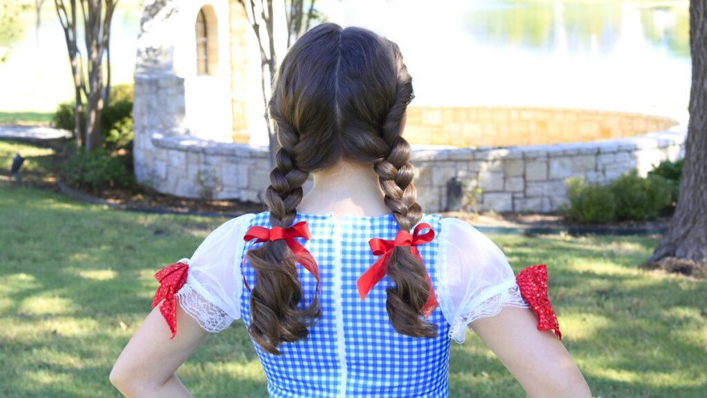 Dorothy Braids | The Wizard of Oz