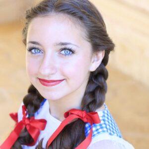 Dorothy Braids | The Wizard of Oz