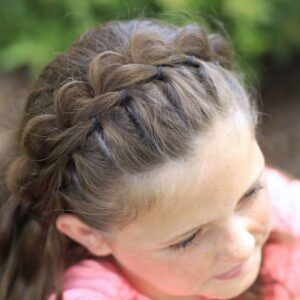 Young girl outside modeling The Split Headband | Hairstyles for Short Hair