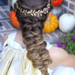 Young girls wearing Greek Goddess costume | Long Hairstyles |Halloween Hairstyles