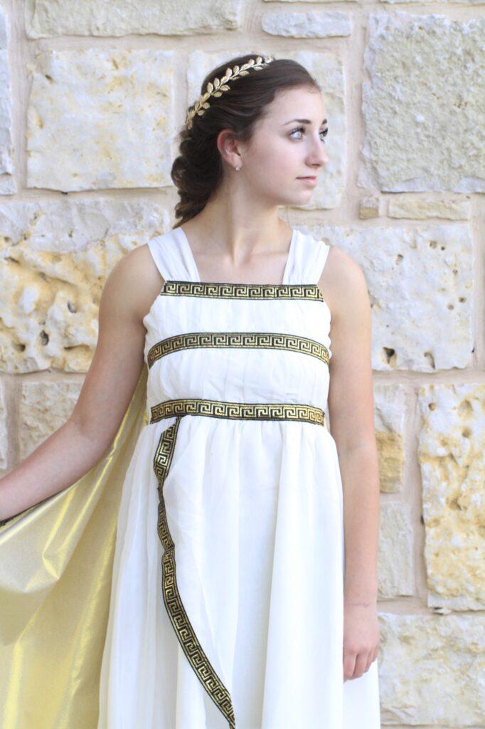 Greek Goddess Hair   Long Hairstyles  Halloween Hairstyles