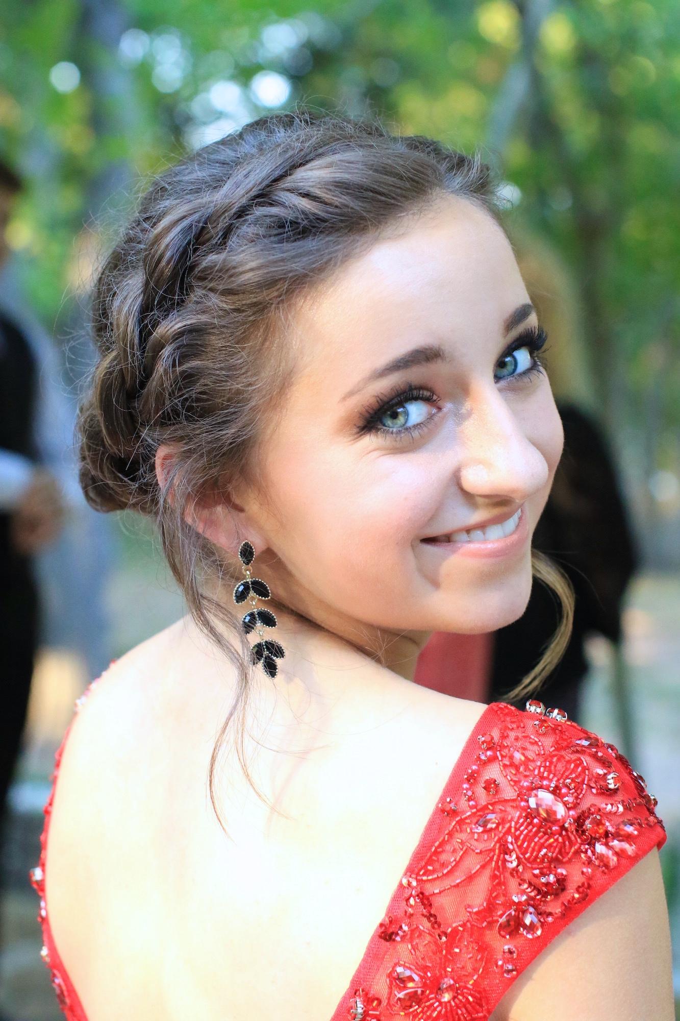 Rope Twist Updo | Homecoming Hairstyles | Cute Girls ...