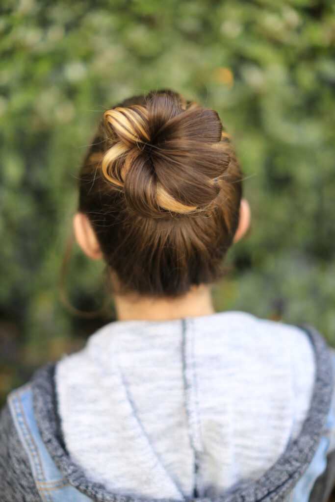 Flower Bun | Cute Updos