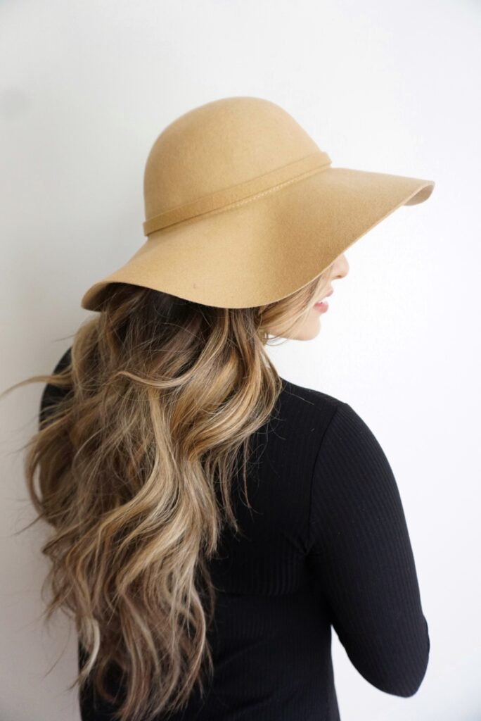 Hairstyles for Hats | Beach Waves