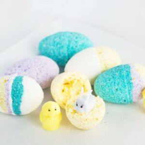 DIY Easter Bath Bomb Surprise