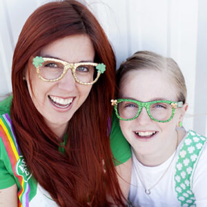 St Patricks day DIY glasses