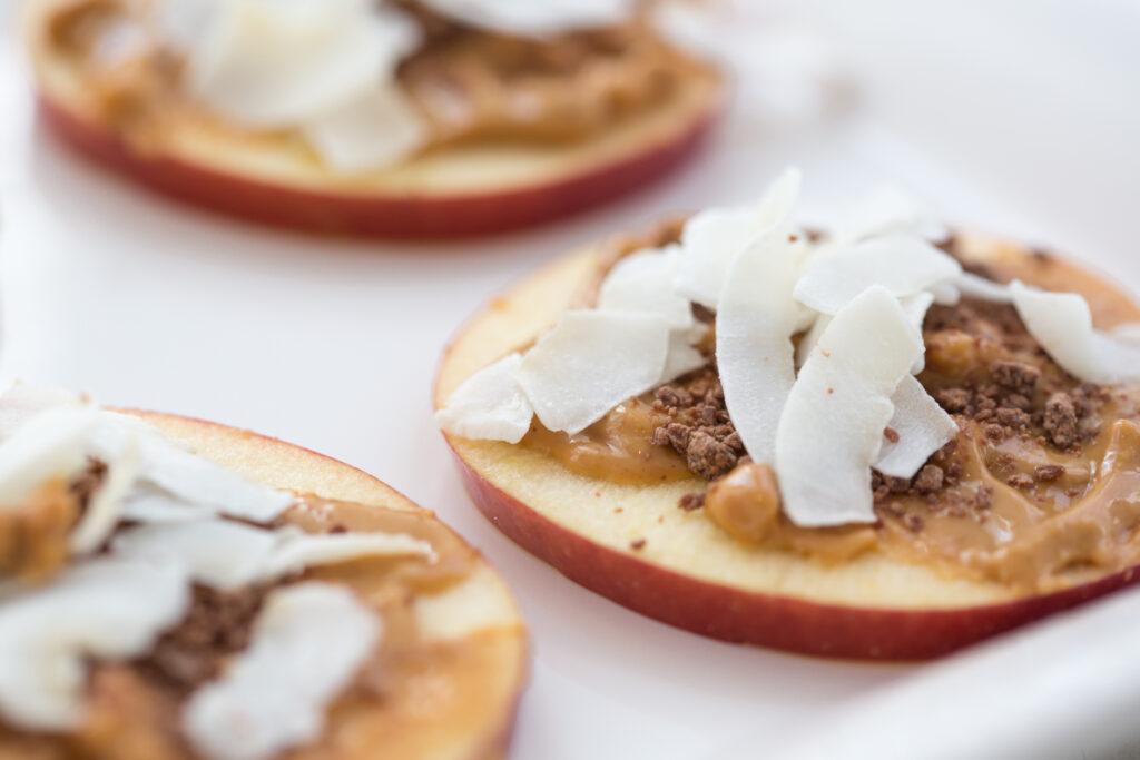 healthy snacks | apple cookies