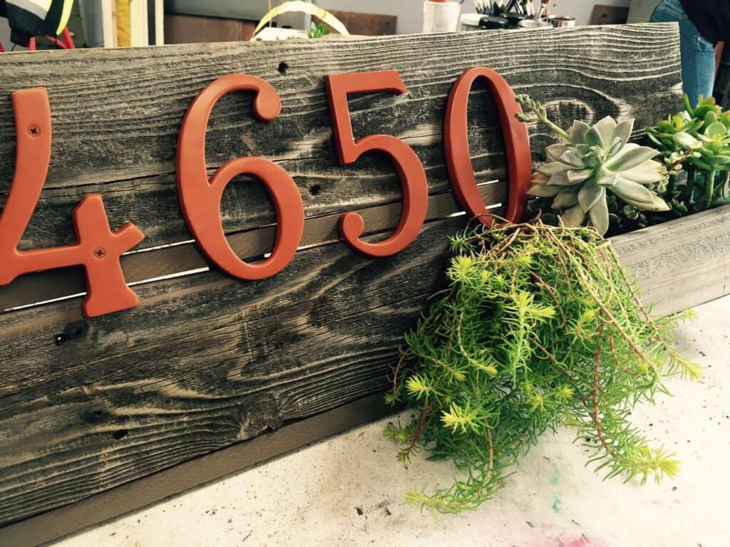 DIY | Wooden address sign