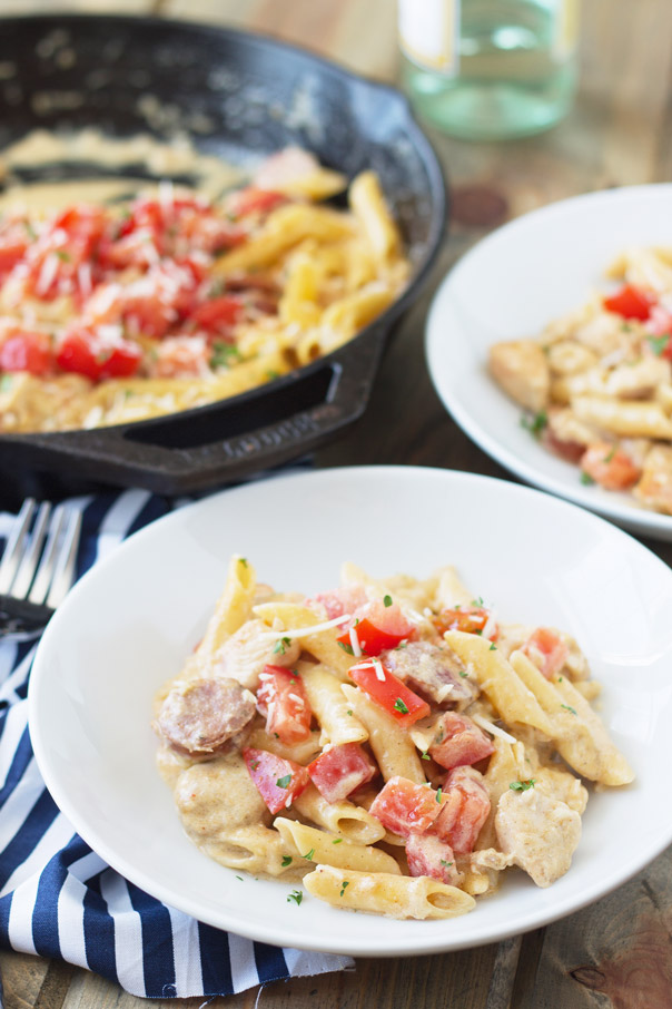 Cajun Chicken Alfredo is a quick and easy 30 minute recipe and it's made in one pot!!