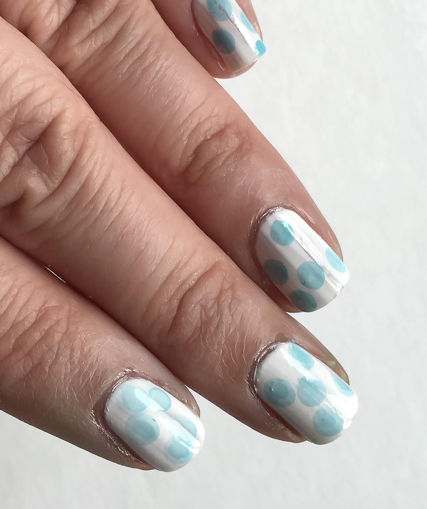 Dot Demo Nimbus Nail Art