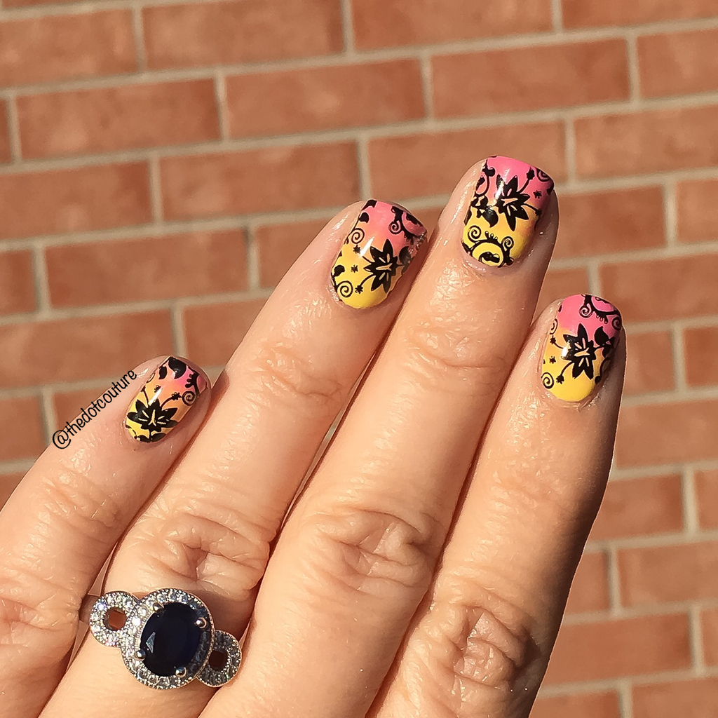 Floral Nail Art | Gradient