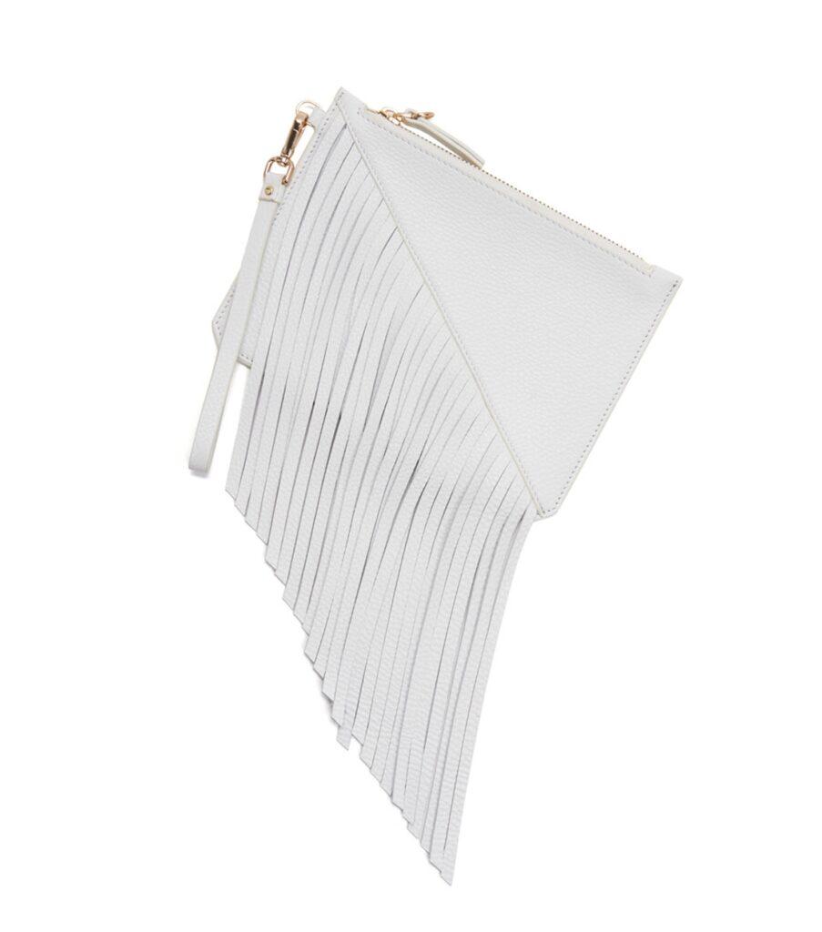White leather wristlet | CGH Lifestyle