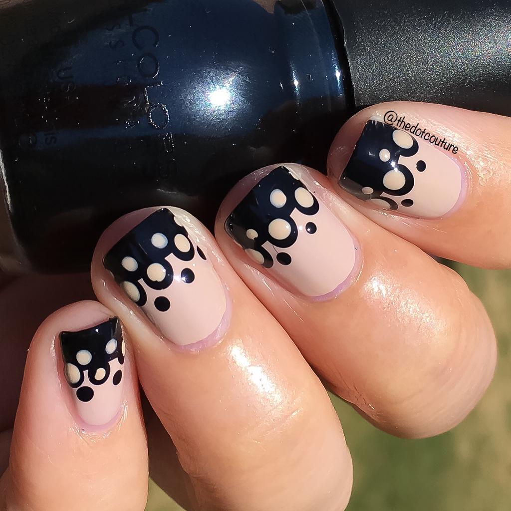 Black Lace Wedding Nails   CGH Lifestyle