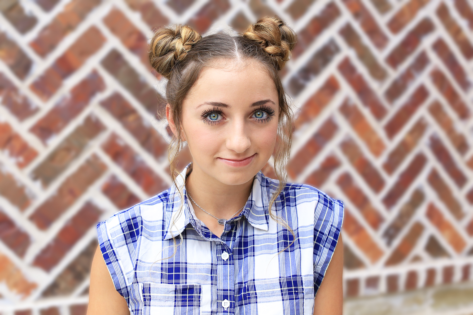 Space buns for school how-to