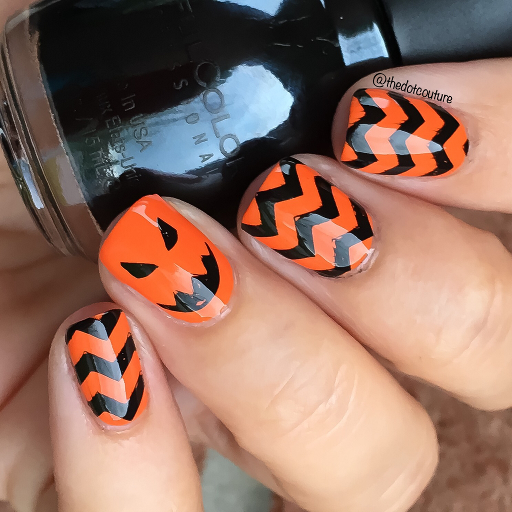 Halloween Chevron Nails | CGH Lifestyle