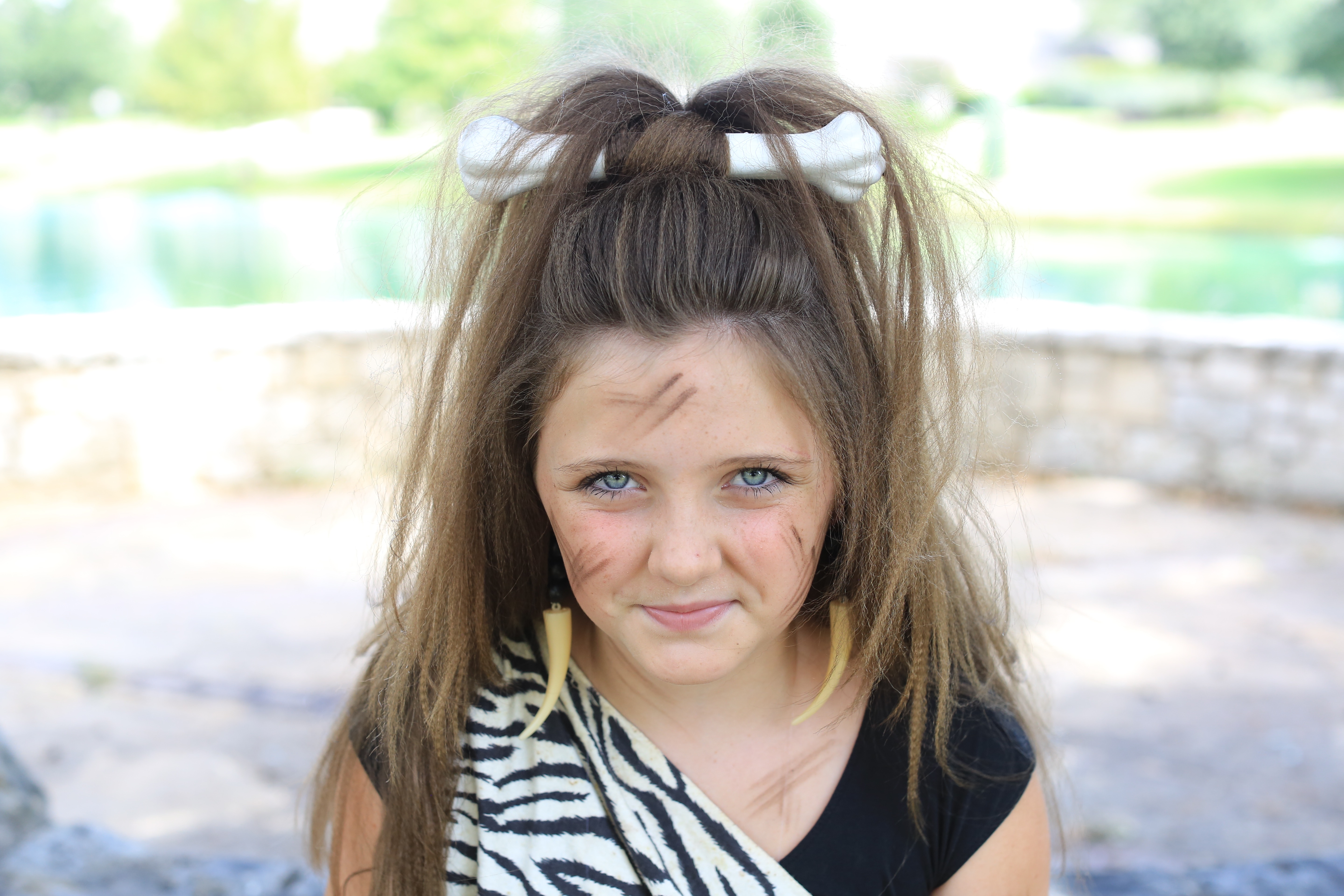 Cave Woman Half-up | Halloween Hairstyle | Cute Girls Hairstyles