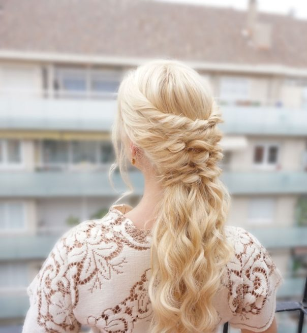 Holiday hairstyle for Thanksgiving