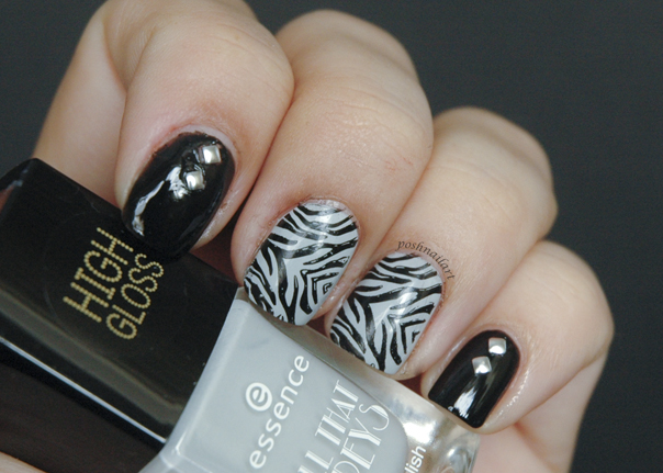 Zebra Nails | CGH Lifestyle