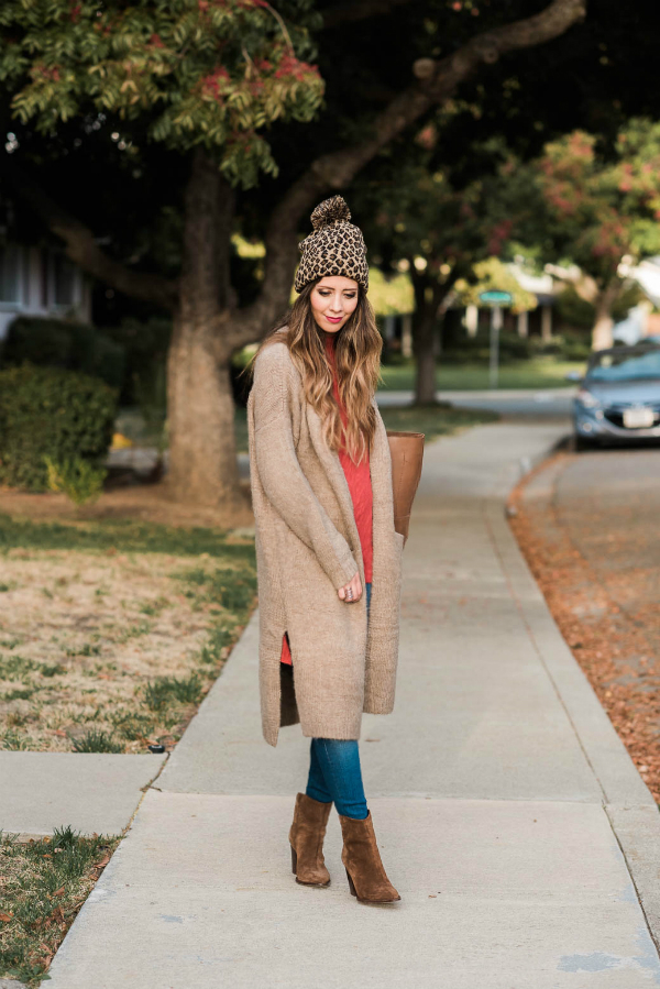 Woman outside wearing Fall apparel | CGH Lifestyle