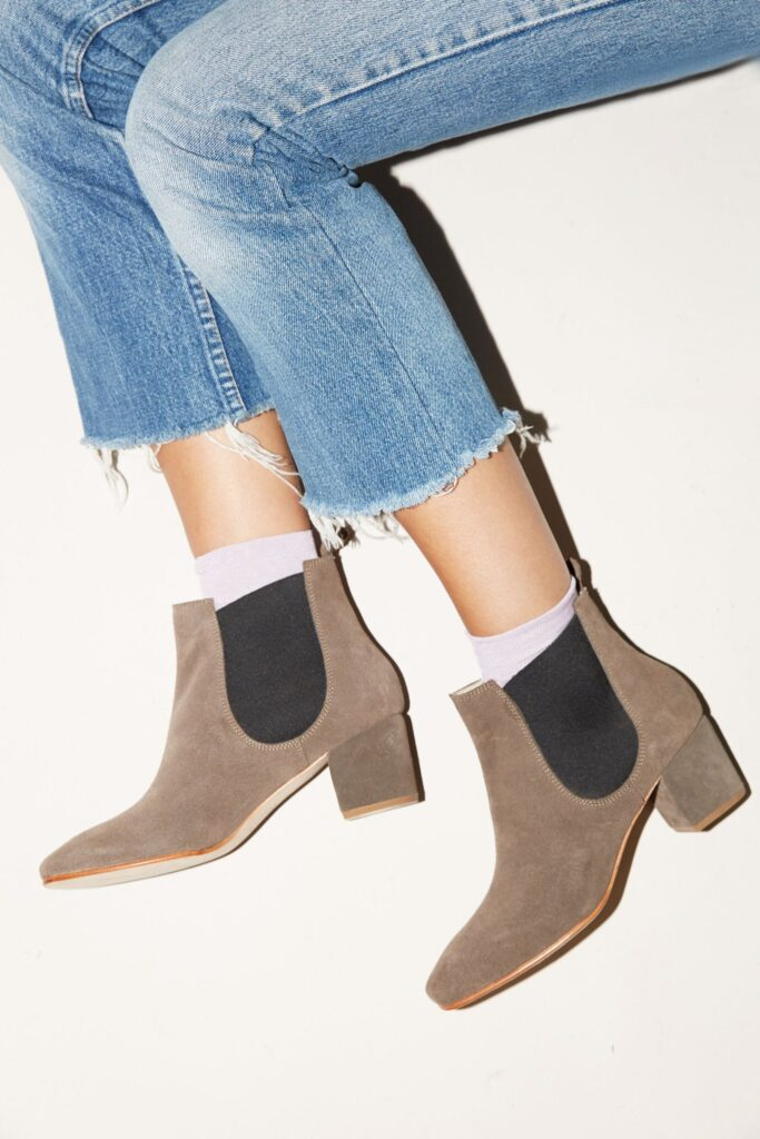 Cassidy ankle boot in grey suede