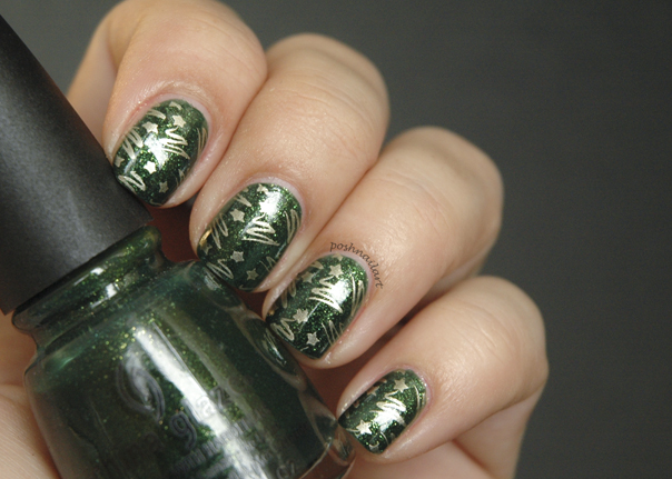 Christmas Tree Nails | CGH Lifestyle