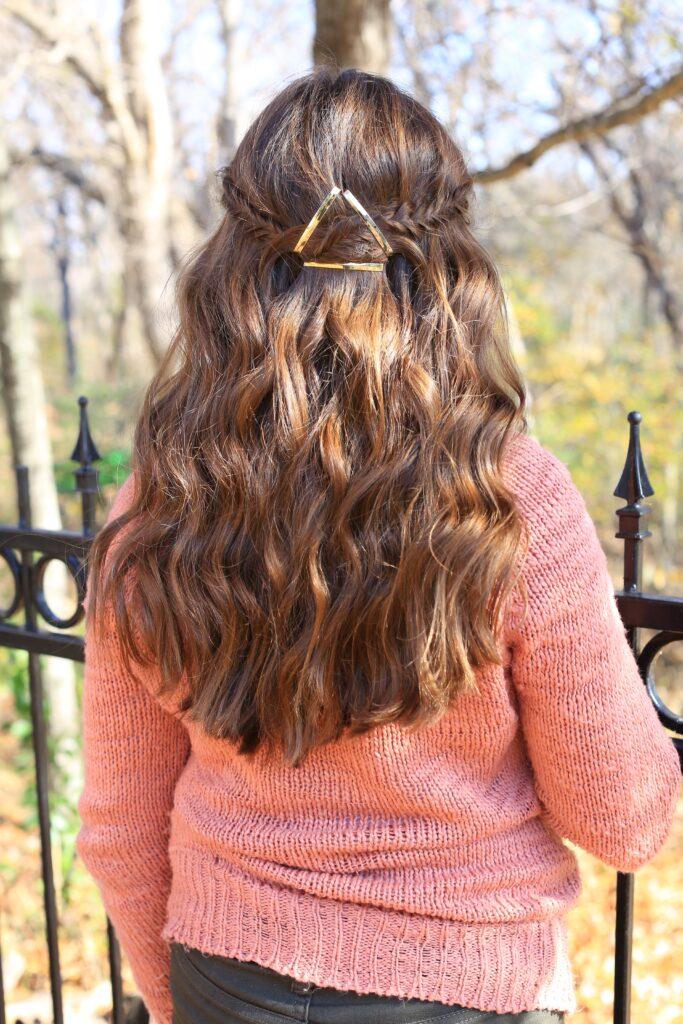 Barrette Tieback   Fishtail   Cute Girls Hairstyles