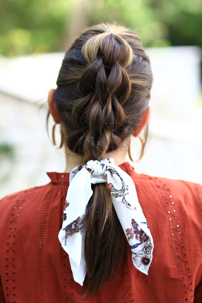Back view of 3 strand pull-out braid