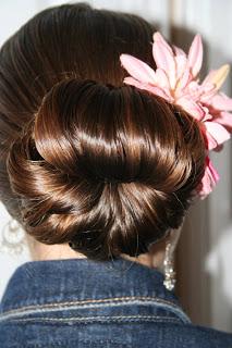 Cute Teen Hair Bun | Prom Hairstyles